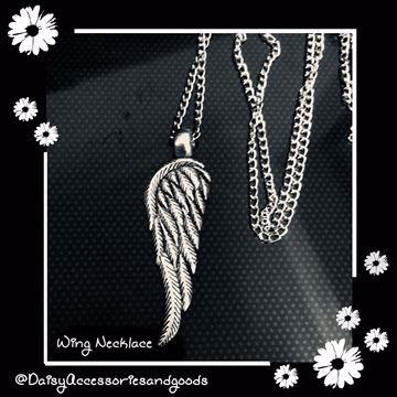 صورة Wing Necklace