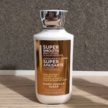 "صورة باث اند بودي وركس ""Super Smooth Body Lotion"""