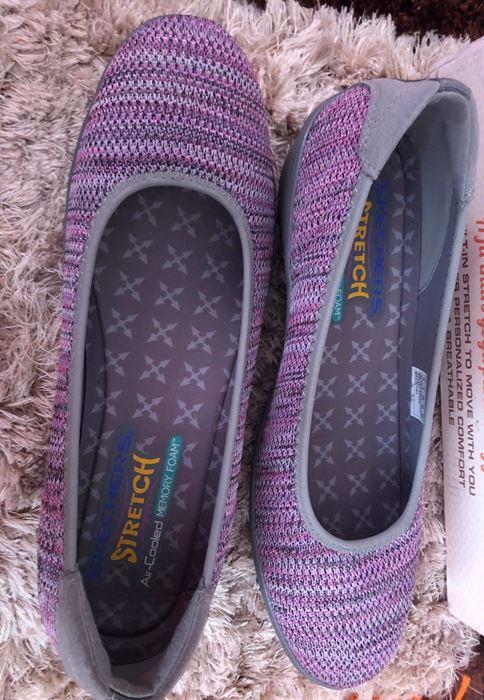 صورة Skechers Kiss Secret Stretch Fit with Air Cooled Memory Foam Shoes