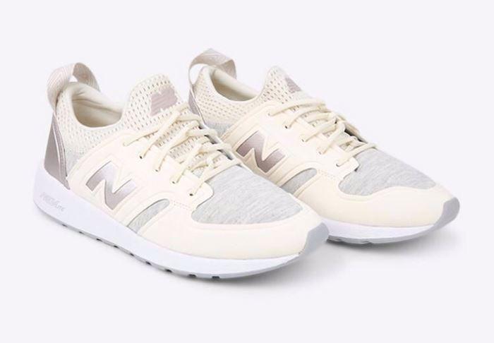 صورة New Balance Sneaker Shoes for Women